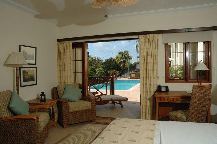 bequia_pool_suite